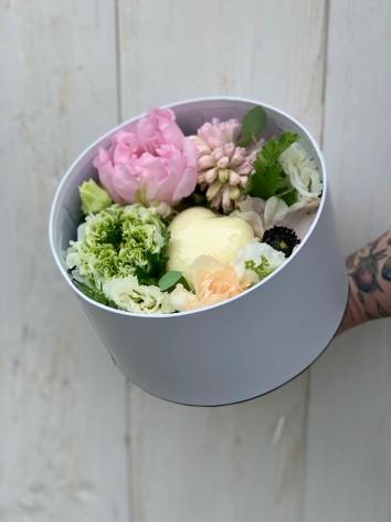 """Composition """"flowers & soap"""""""